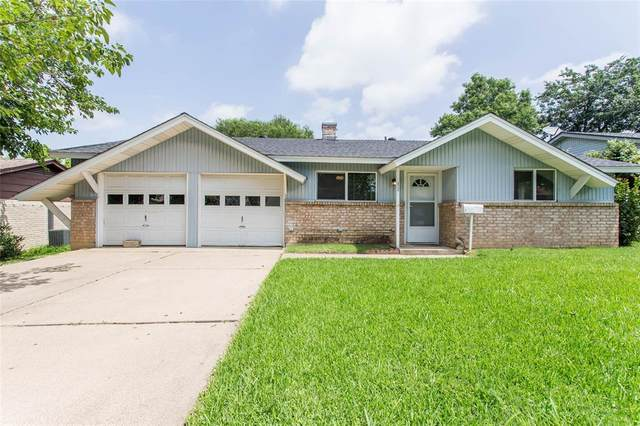 3713 Bob O Link Drive, Irving, TX 75062 (MLS #14384378) :: Team Tiller