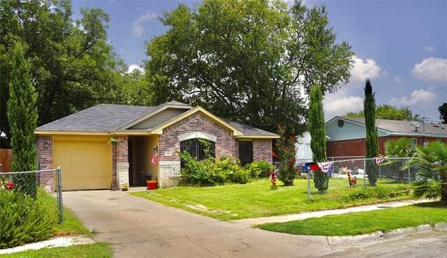 1811 Homeland Street, Dallas, TX 75212 (MLS #14384422) :: The Juli Black Team