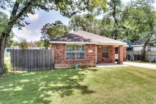 3302 Topeka Avenue, Dallas, TX 75212 (MLS #14384656) :: The Chad Smith Team
