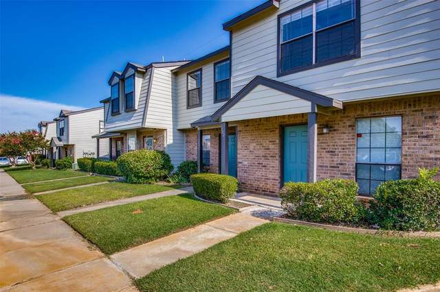 720 W Collins Street, Denton, TX 76201 (MLS #14384815) :: The Rhodes Team