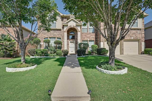 217 Forestridge Drive, Mansfield, TX 76063 (MLS #14384933) :: The Hornburg Real Estate Group