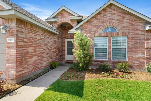 906 Oakcrest Drive, Wylie, TX 75098 (MLS #14385072) :: The Chad Smith Team