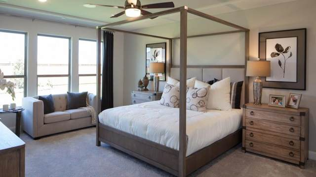 816 Lemmon, Forney, TX 75126 (MLS #14385291) :: The Paula Jones Team | RE/MAX of Abilene