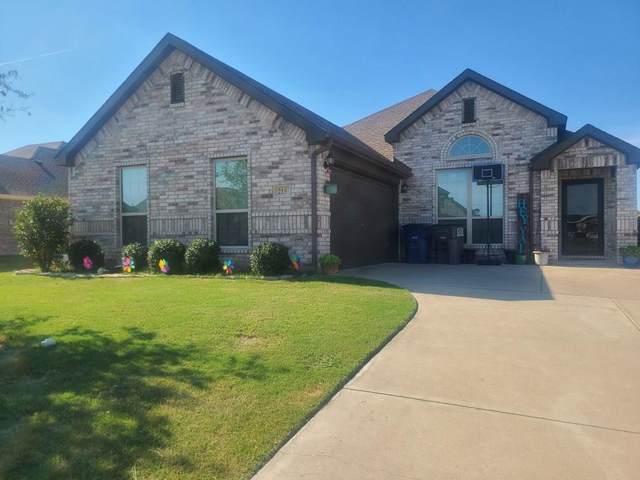 215 Anthony Lane, Red Oak, TX 75154 (MLS #14385417) :: The Mauelshagen Group