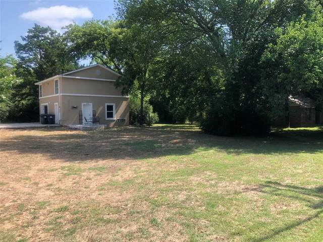 2230 W Oak Street, Denton, TX 76201 (MLS #14385452) :: The Mauelshagen Group