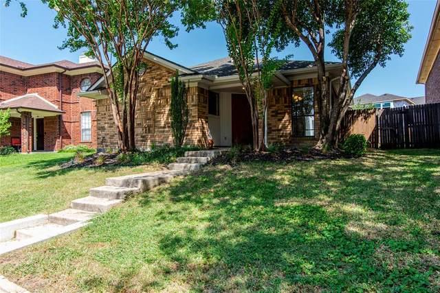 1413 Golden Gate Drive, Carrollton, TX 75007 (MLS #14385459) :: The Chad Smith Team