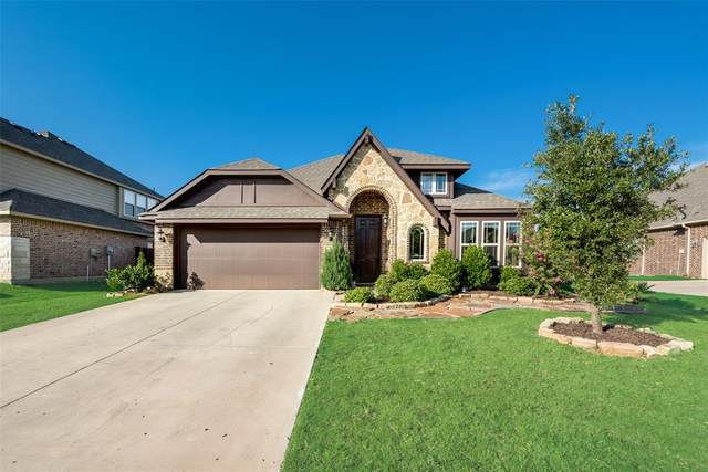 412 Hudson Lane, Burleson, TX 76028 (MLS #14385497) :: The Hornburg Real Estate Group