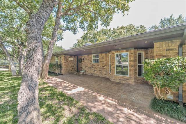 440 Hlavek Road, Decatur, TX 76234 (MLS #14385523) :: The Kimberly Davis Group