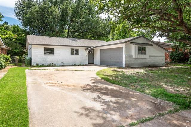 921 Dee Lane, Bedford, TX 76022 (MLS #14385556) :: The Mitchell Group