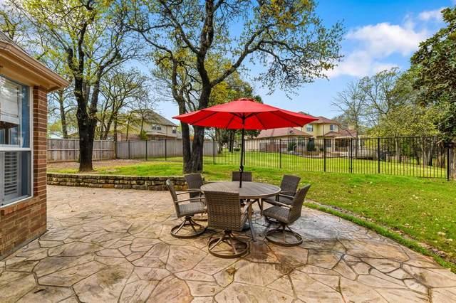 3316 Shadow Wood Circle, Highland Village, TX 75077 (MLS #14385558) :: Justin Bassett Realty