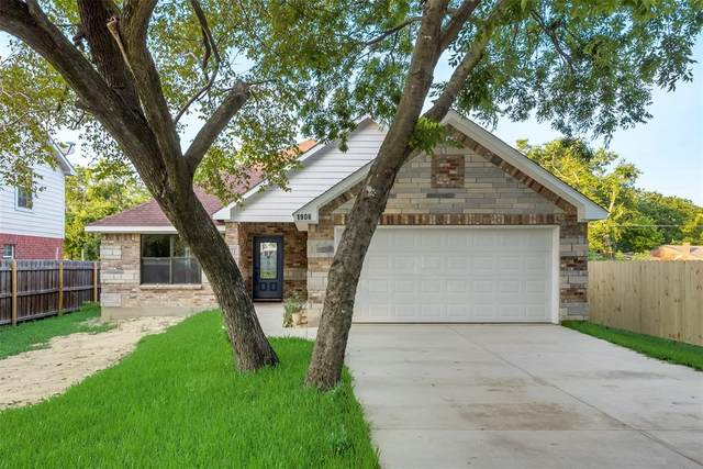 1906 N Breakbridge Street, Ennis, TX 75119 (MLS #14385808) :: HergGroup Dallas-Fort Worth