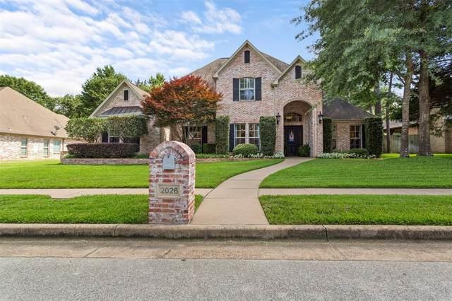2026 Dueling Oaks, Tyler, TX 75703 (MLS #14385882) :: The Hornburg Real Estate Group