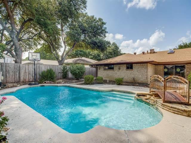 2220 Grandview Drive, Plano, TX 75075 (MLS #14385896) :: Team Tiller