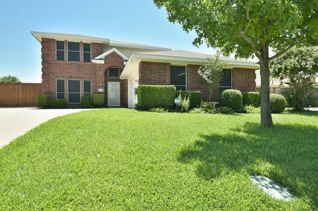 7217 Mercurys Road, Rowlett, TX 75089 (MLS #14385936) :: Tenesha Lusk Realty Group