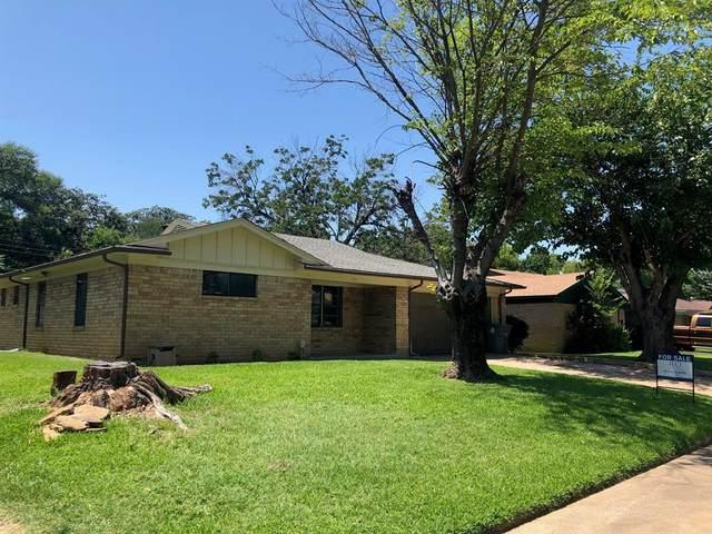 141 N Longacre Lane, Dallas, TX 75217 (MLS #14385970) :: Team Hodnett