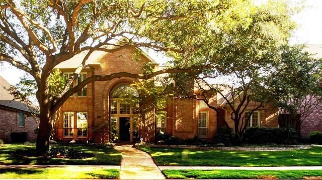 5917 Glendower Lane, Plano, TX 75093 (MLS #14386003) :: The Kimberly Davis Group