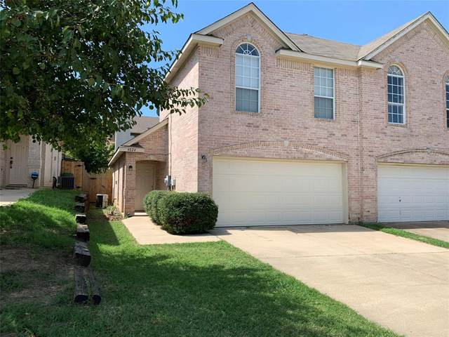 4024 Cottage Park Court, Arlington, TX 76013 (MLS #14386056) :: The Heyl Group at Keller Williams