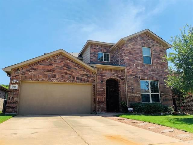 9128 Holliday Lane, Aubrey, TX 76227 (MLS #14386153) :: The Kimberly Davis Group
