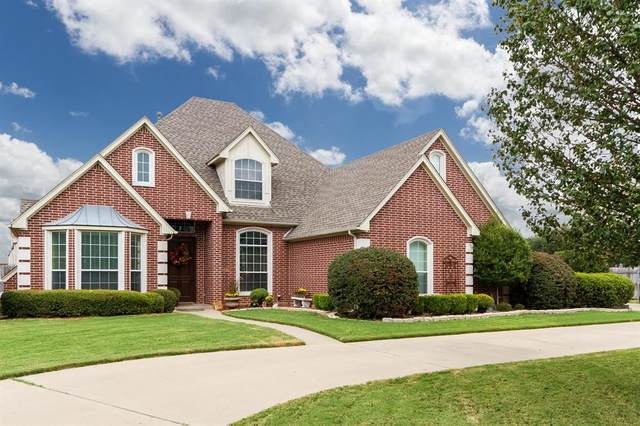 1310 Wedgewood Drive, Cleburne, TX 76033 (MLS #14386192) :: The Tierny Jordan Network