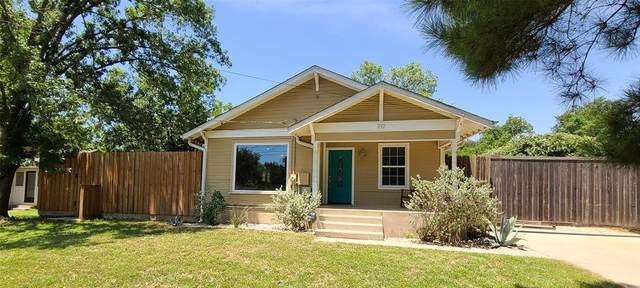 717 Roberts Street, Denton, TX 76209 (MLS #14386409) :: The Hornburg Real Estate Group