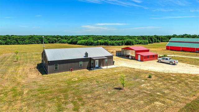 931 Hog Creek Road, Collinsville, TX 76233 (MLS #14386679) :: Team Tiller