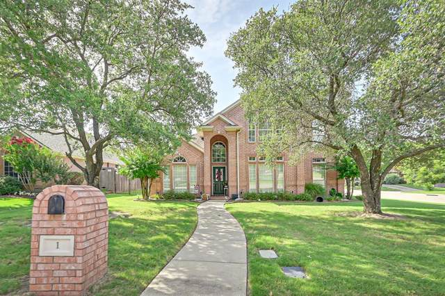 1 Colt Court, Mansfield, TX 76063 (MLS #14386906) :: All Cities USA Realty