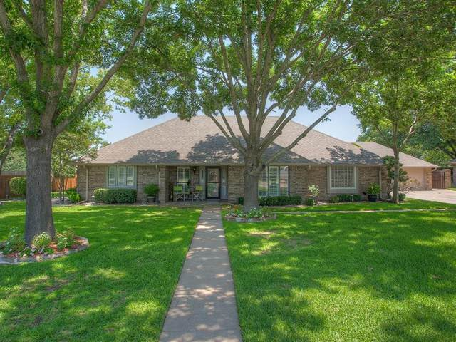 2215 Highlake Drive, Weatherford, TX 76087 (MLS #14387185) :: The Mitchell Group