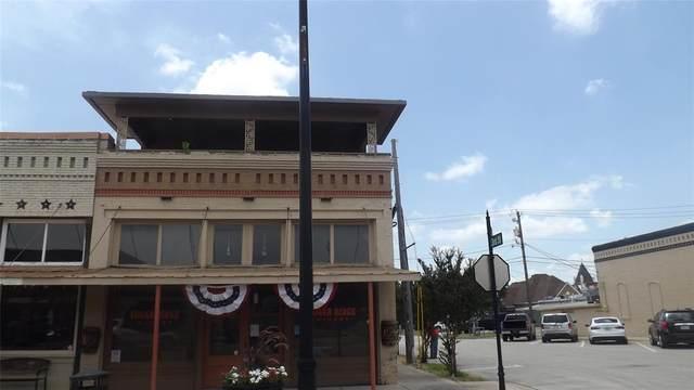 212 Bolivar Street, Sanger, TX 76266 (MLS #14387259) :: Post Oak Realty