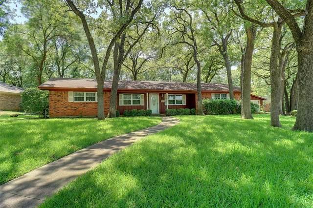 221 N Wisteria Street, Mansfield, TX 76063 (MLS #14387713) :: RE/MAX Landmark