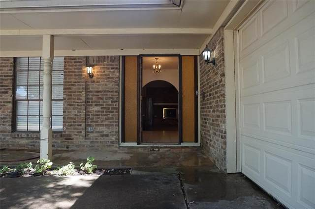 6413 Ponce Avenue, Fort Worth, TX 76133 (MLS #14387757) :: The Tierny Jordan Network