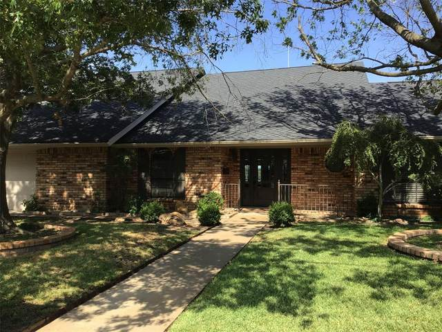 802 NW 7th Ave, Mineral Wells, TX 76067 (MLS #14387986) :: Hargrove Realty Group