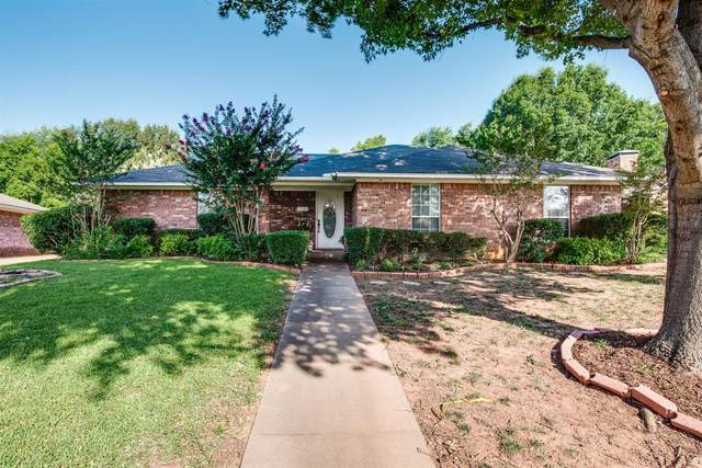 2803 Pyramid Circle, Denison, TX 75020 (MLS #14388064) :: The Kimberly Davis Group