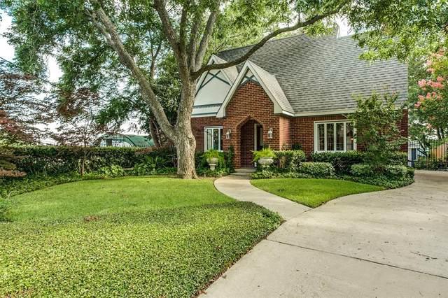 7338 La Vista Drive, Dallas, TX 75214 (MLS #14388236) :: The Hornburg Real Estate Group
