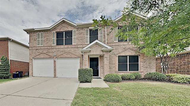 1733 White Feather Lane, Fort Worth, TX 76131 (MLS #14388462) :: The Heyl Group at Keller Williams