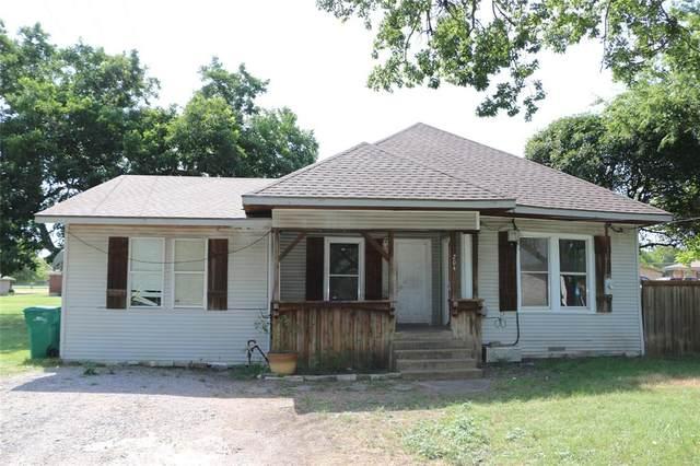 204 Britton Street, Tom Bean, TX 75489 (MLS #14389128) :: All Cities USA Realty