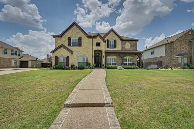 1356 Meadowview Drive, Kennedale, TX 76060 (MLS #14389902) :: The Heyl Group at Keller Williams