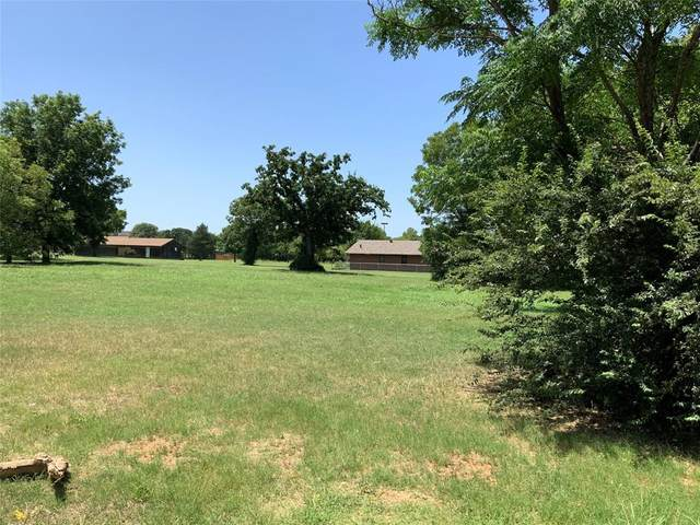 417 Peacock Street, Cleburne, TX 76031 (MLS #14390395) :: Potts Realty Group