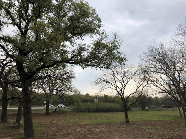 108 E Highway 114, Paradise, TX 76073 (MLS #14390798) :: The Chad Smith Team