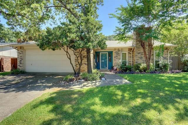3800 Aspenwood Drive, Bedford, TX 76021 (MLS #14390874) :: NewHomePrograms.com LLC