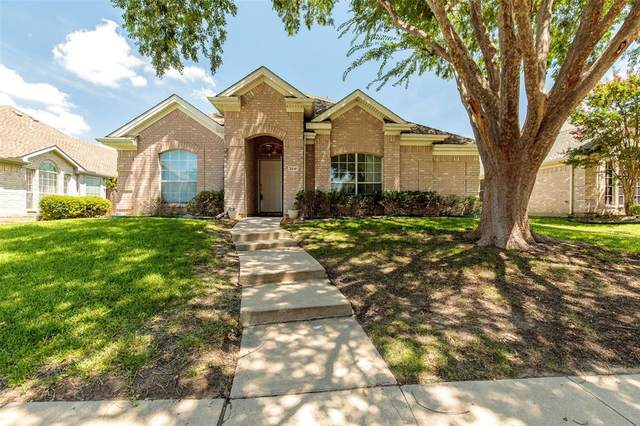 3841 Pine Valley Drive, Plano, TX 75025 (MLS #14391210) :: Keller Williams Realty