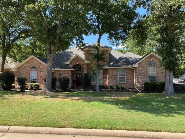 1449 Spinnaker Lane, Azle, TX 76020 (MLS #14391266) :: The Heyl Group at Keller Williams