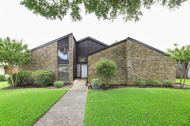 6028 Gentle Knoll Lane, Dallas, TX 75248 (MLS #14391504) :: Maegan Brest   Keller Williams Realty