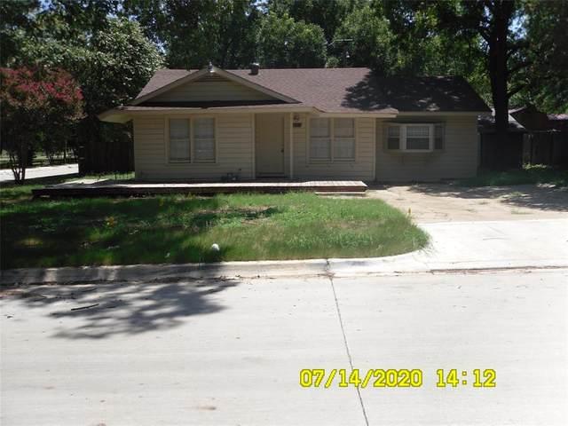216 Hosack Street, Arlington, TX 76010 (MLS #14392225) :: RE/MAX Pinnacle Group REALTORS