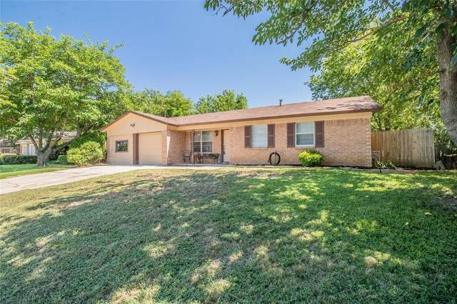 6125 Estill Drive, Watauga, TX 76148 (MLS #14392910) :: North Texas Team   RE/MAX Lifestyle Property