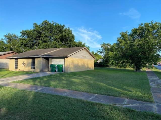 1100 Cottonwood Valley Road, Wilmer, TX 75172 (MLS #14393064) :: NewHomePrograms.com LLC
