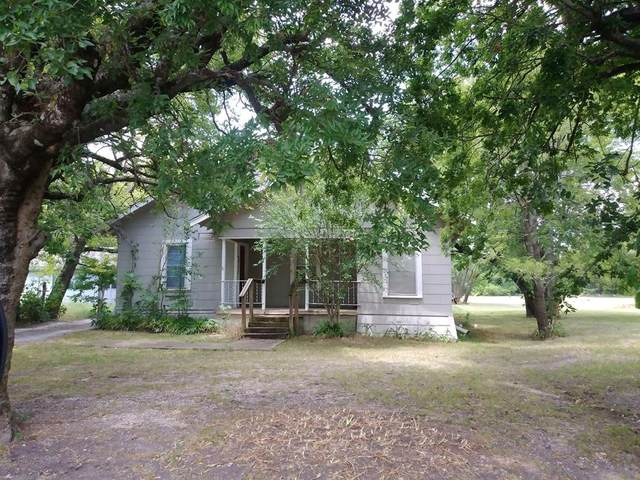 503 S Carter Street, Whitewright, TX 75491 (MLS #14393581) :: The Mauelshagen Group