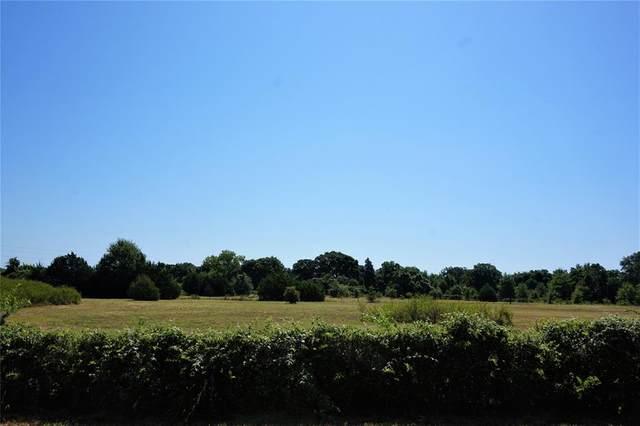 V/L Eden Road, Arlington, TX 76060 (MLS #14393885) :: Frankie Arthur Real Estate
