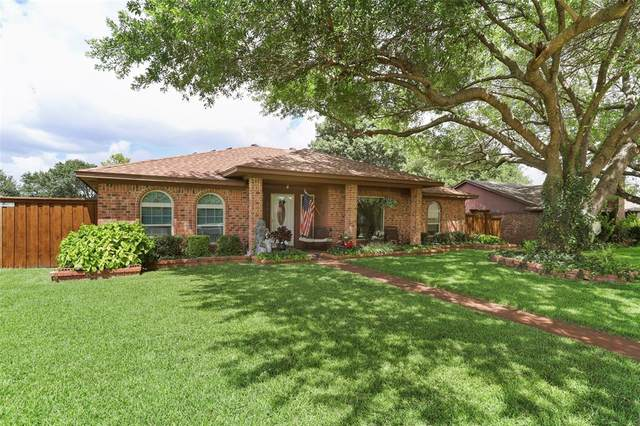 901 Bass Drive, Plano, TX 75025 (MLS #14394015) :: EXIT Realty Elite