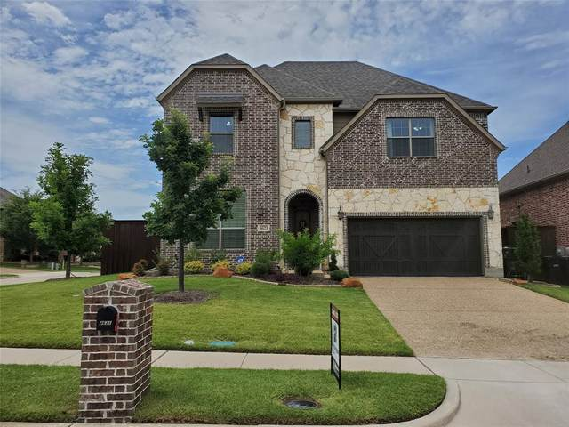 4621 Observation, Plano, TX 75024 (MLS #14396045) :: The Chad Smith Team
