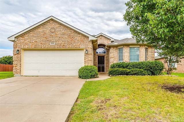 1016 Vista View Drive, Burleson, TX 76028 (MLS #14396253) :: Potts Realty Group